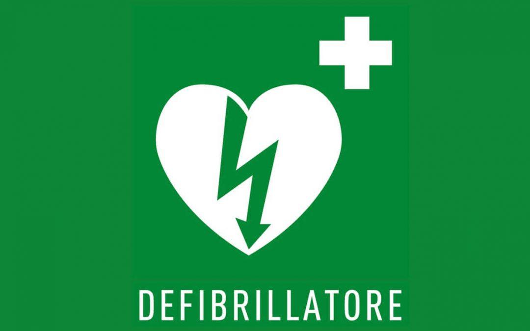 L'Associazione Amici di ISAL Giovanni Leonardis dona un defibrillatore